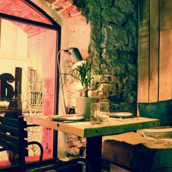 Mesa para dos en restaurante La Malinche Santander