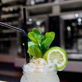 Mojito en bar restaurante La Malinche Santander